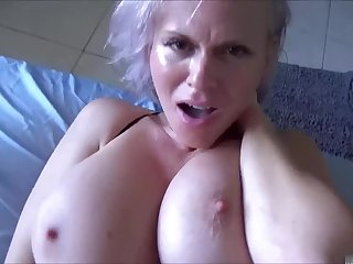 Sexually frustrated descendant needs a alter ego hand from large-breasted MILF