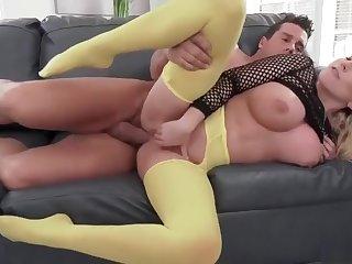 Big tits MILF - yellow leggings