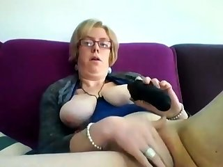 Obese grown-up blonde Iveta toying her fat cunt