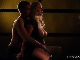Tantalizing erotic movie featuring killing hot babe Georgie Lyall