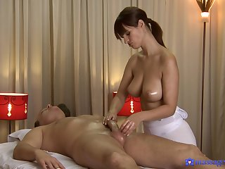 Busty masseuse pleases hot client with the full package