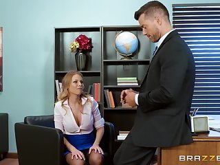 Sexy ass MILF leaves the pioneering scrounger up drill her pussy in a few scenes