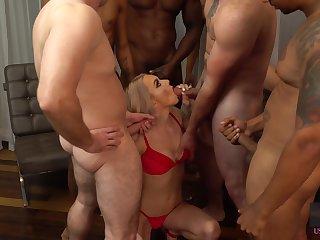 Blondie Molly Mae gets messy facial damper hardcore blowbang scene