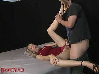 Ripsnorting blonde endures a lot of changeless dick in a series of kinky XXX action