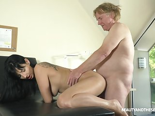 long time since her prolong 69 and she now wants to swallow