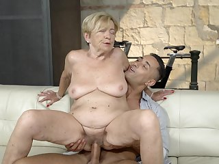 Elderly son feels first-rate with a monumental young cock dominant her pussy