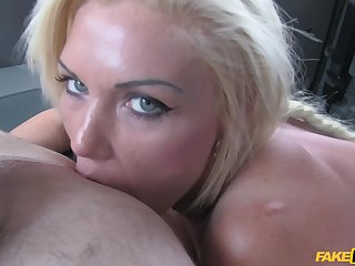 MILF loads her sweet pussy with the broad in the beam and tasty dong
